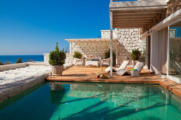 Honeymoon hotels and suites with private pool 101 honeymoons for Small private hotels