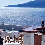 Romantic-waterfront-dining-at-Villa-Mahal